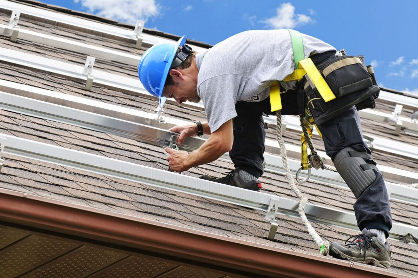 Give a New Contact to Your Outdated Roof With Cleansing Mechanism