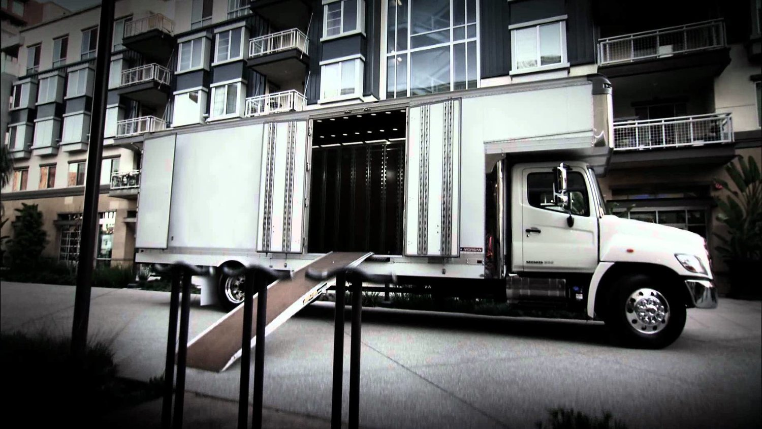 Hassle Free Migration with Moving Company Toronto