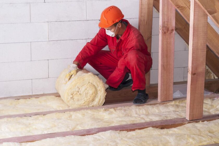 Why do you need to hire professional contractors in installing insulation?